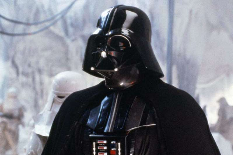 Muere a los 85 años David Prowse, actor que intrerpretó a Darth Vader